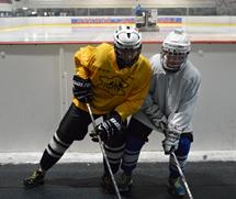 Миниатюра для записи Ускорение головы хоккеиста при выполнении силовых приемов